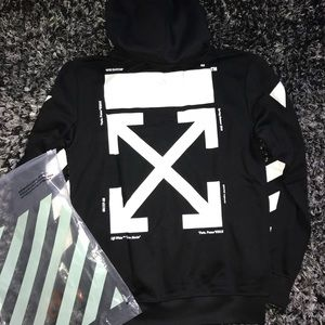 Off-White Shirts - Men's black off-white hoodie